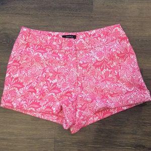 Women's Shorts Pink Size Small